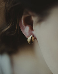 TAKARA  Cascara Shell Earrings
